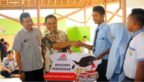 Semen Indonesia Dukung Penuntasan Pendidikan di Rembang