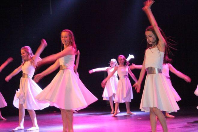 danse_arc-en-ciel_30_ans1