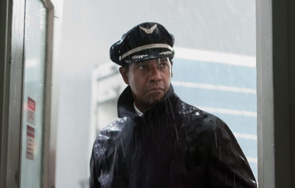 Denzel Washington: Flight [Official Trailer]