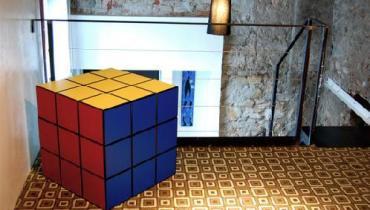 geeky-Rubik-Cube-Living-Room