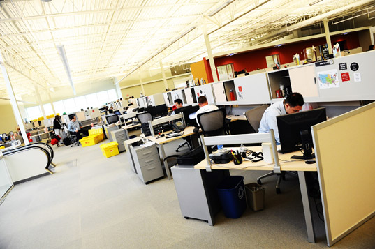 Rackspace Converts Vacant Shopping Mall Into LEED Gold Headquarters - racksapce