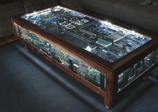 Tassen Bemalen Illuminated Circuit Board Coffee Table Is Geek Diy Chic
