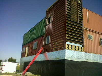 Sea-Can House is Made Completely From Shipping Containers ...