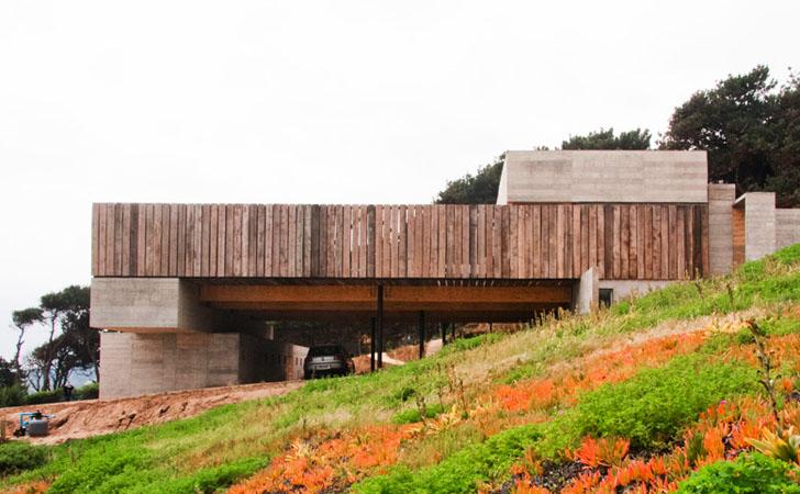 Beautiful Leveled Residence Casa Mava Uses Concrete and
