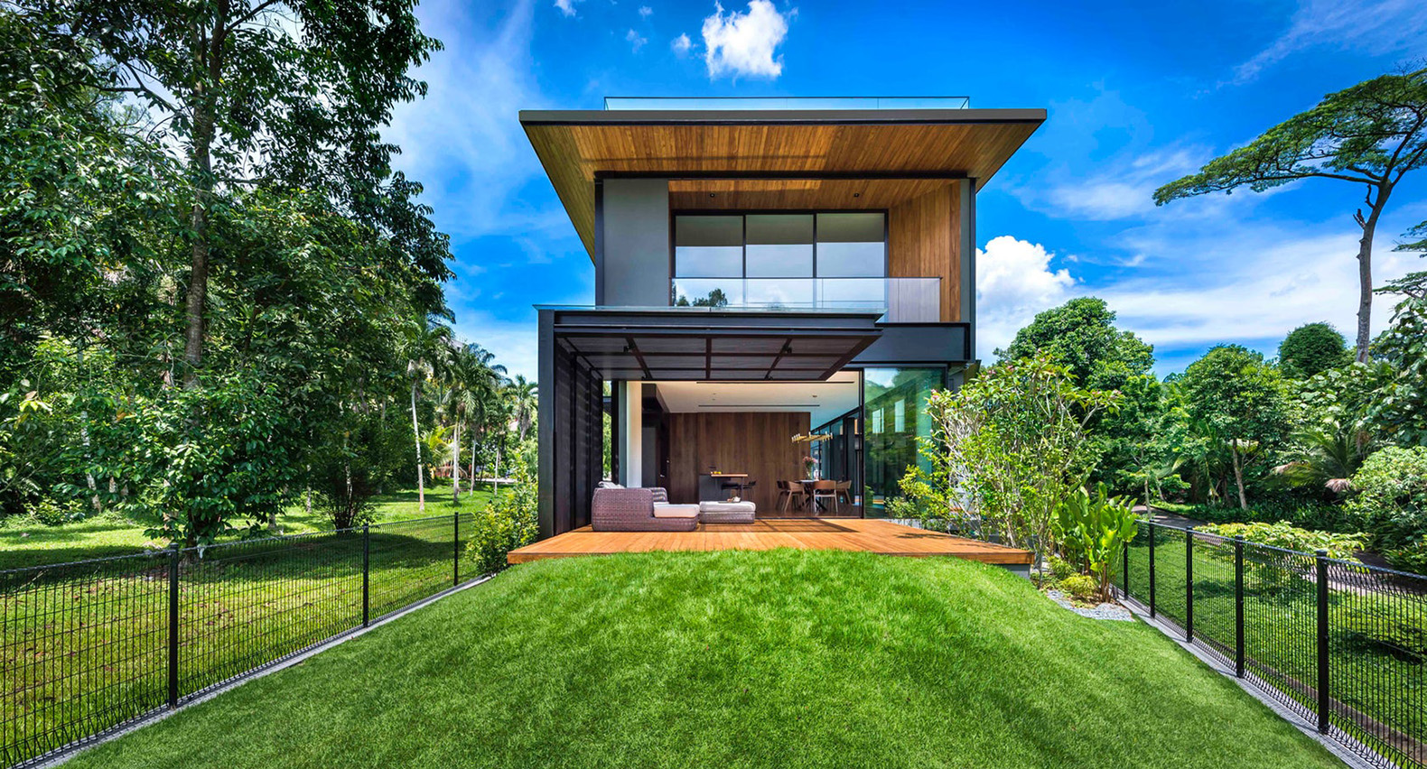 House 24 The Breeze Blows Straight Through This Stunning Tropical