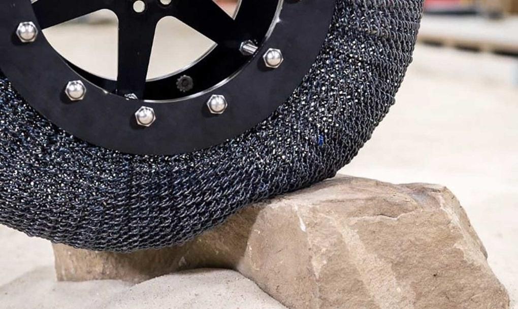 Car Slideshow Wallpaper Nasa S New Airless Titanium Tires Are Almost