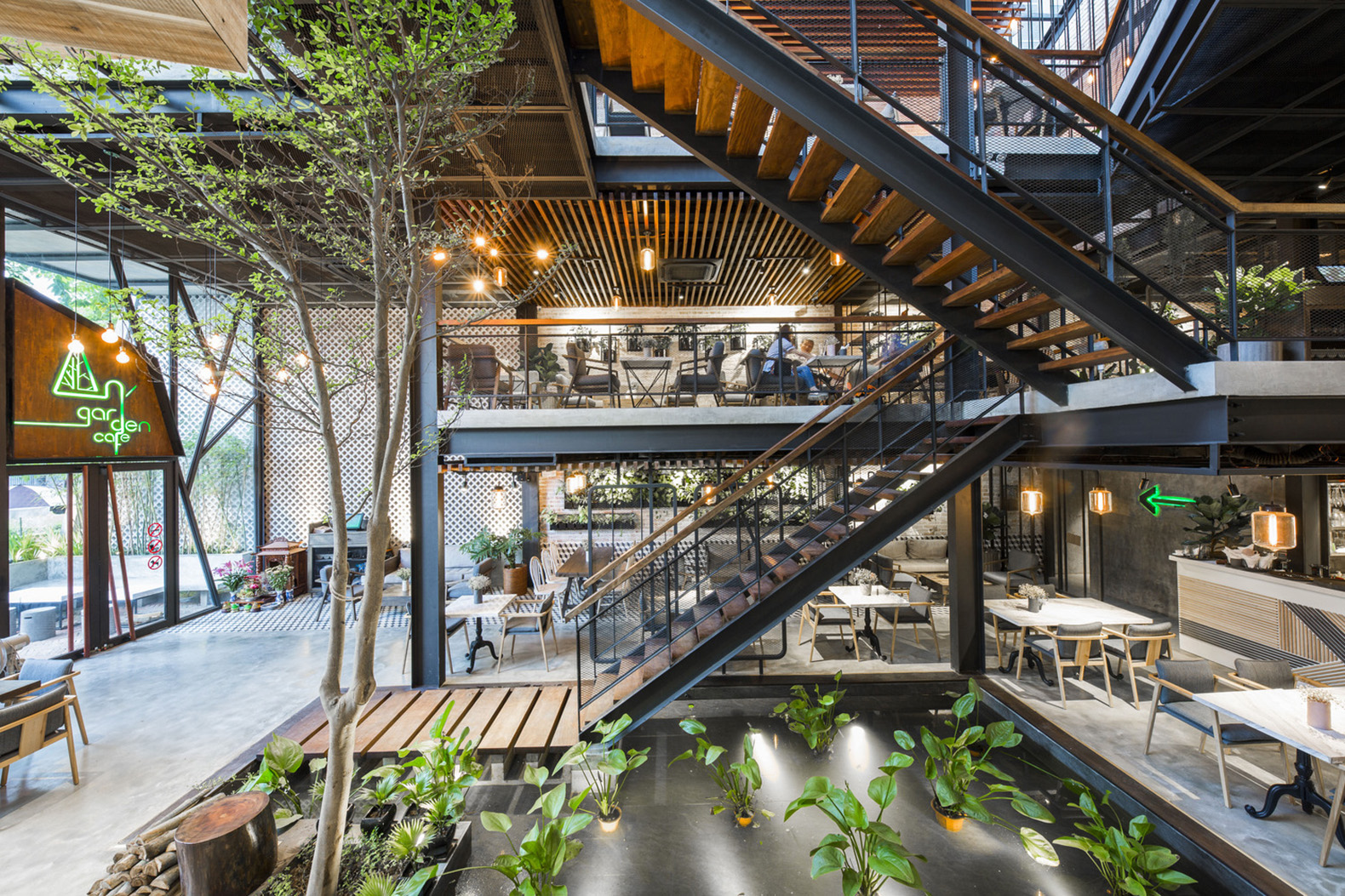 Coffee Shop Euro-garden This Café In Vietnam Is A Modern Day Hanging Gardens Of