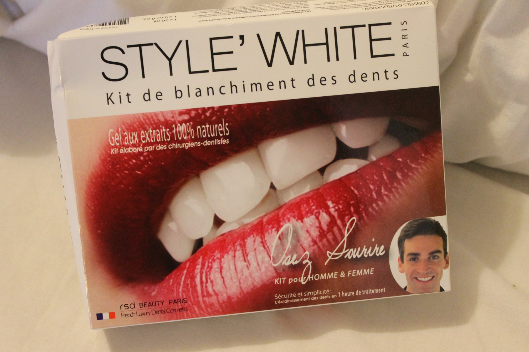 Dents En Porcelaine Initials Cb Se Faire Blanchir Les Dents Initials Cb