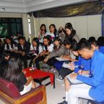 Antusiasme peserta PETIK 2013 dalam memperoleh berita dari narasumber.