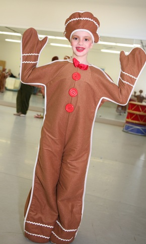Gingerbread dancer from Twas the Night Before Christmas