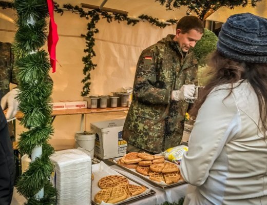 german armed forces command christkindlmarkt waffles