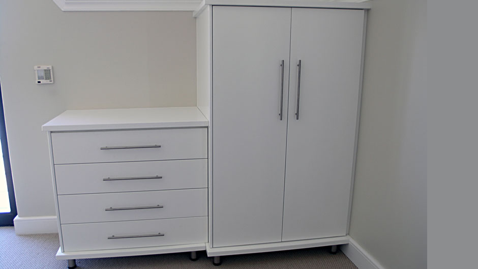 Bedroom Cupboards White Lacquer And Glass Innovative Joinery
