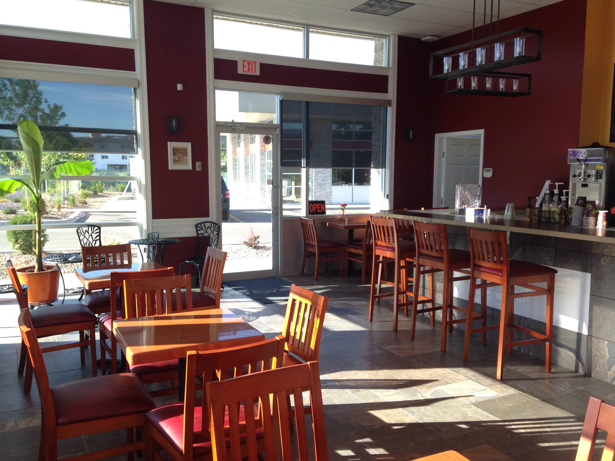 Restaurant Tables Canada Restaurant Furniture Canada Helps Skaha Lake Bistro With