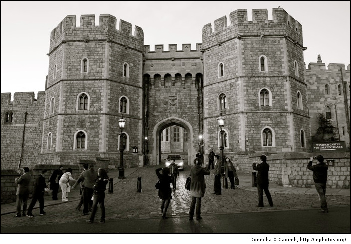Tourists outside Windsor Castle