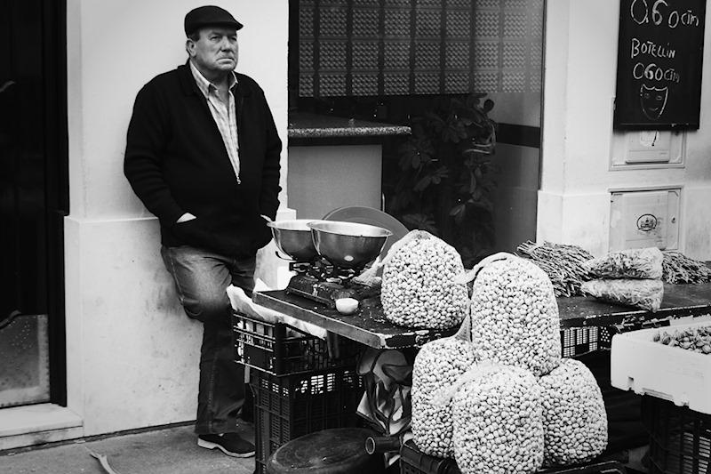 the snail seller