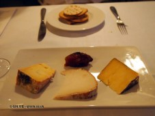 Cheese and crackers at The Elephant Restaurant, Torquay