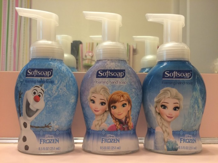 NEW Softsoap Star Wars and Disney Frozen Foaming Hand Soaps