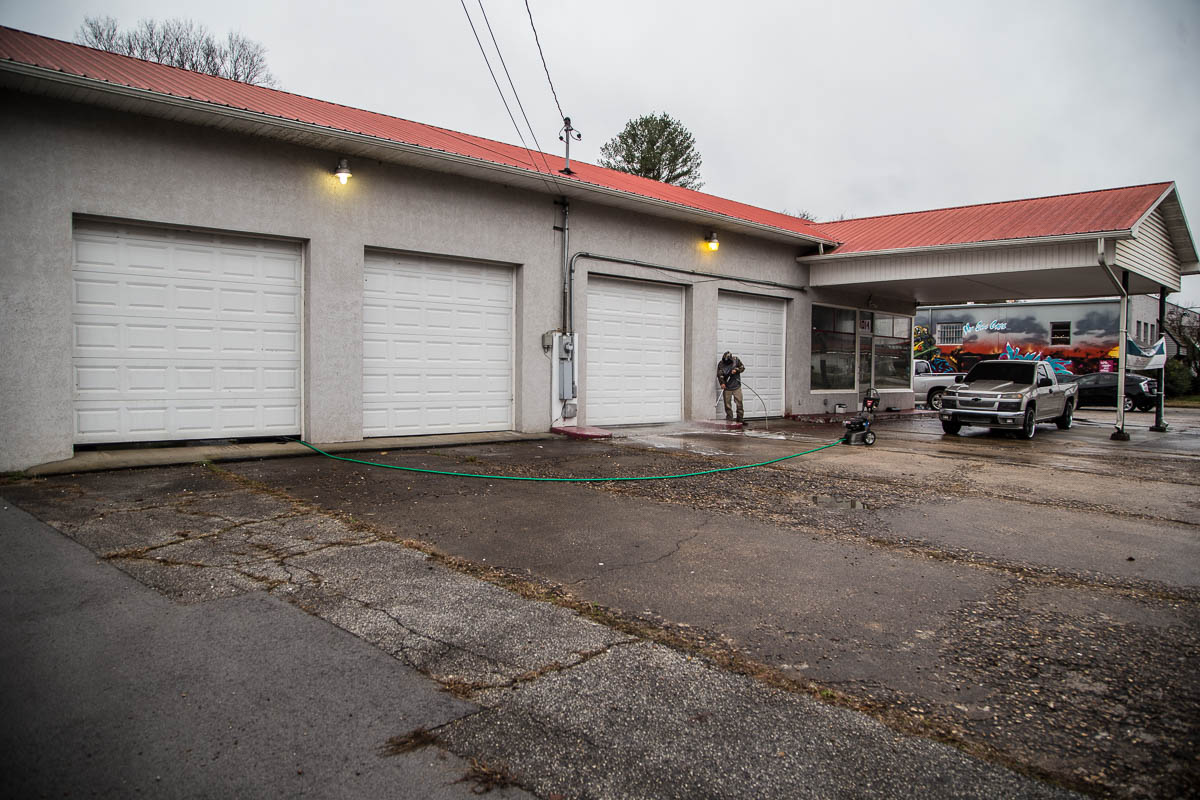 Garage Doors Knoxville Hard Knox Garage Bar And Food Truck Park To Open In South Knoxville