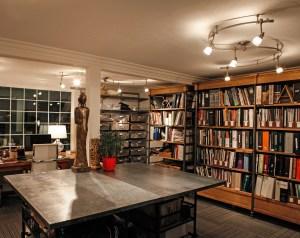 Office-Interior-Design-with-Bookcase