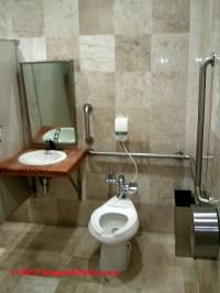 Accessible Bath Design: Accessible Bathroom design ...