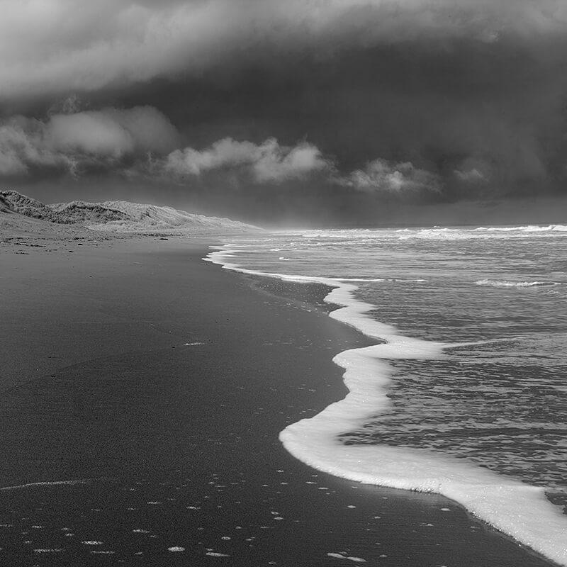 Dark-Beach-3