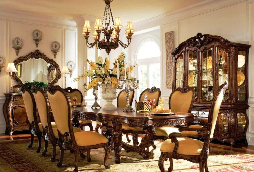 Antique Furniture Hunting Tips - InspirationSeek - antique living room sets