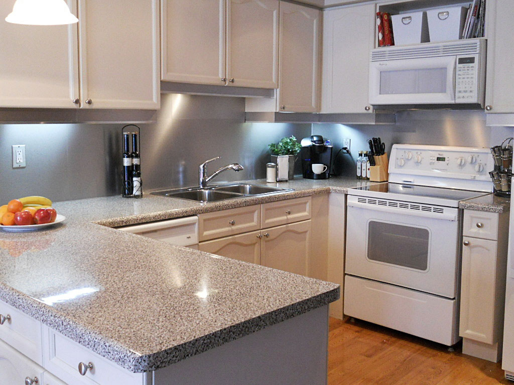 stainless steel solution kitchen backsplash inspirationseek stainless steel subway tile kitchen backsplash painted shaker