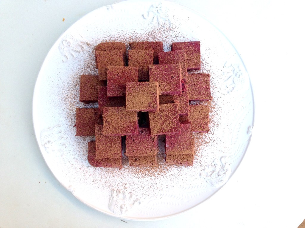 Chocolate beetroot fudge bites