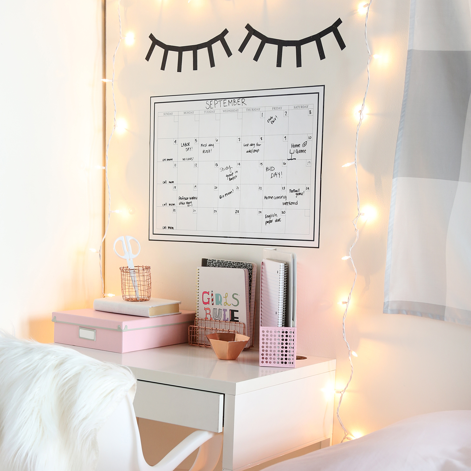 Bedroom Desk Tumblr 5 Easy Ways To Create A Tumblr Room Now Dormify Blog