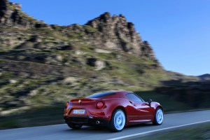 Alfa-Romeo-4C_Carscoops8[2]