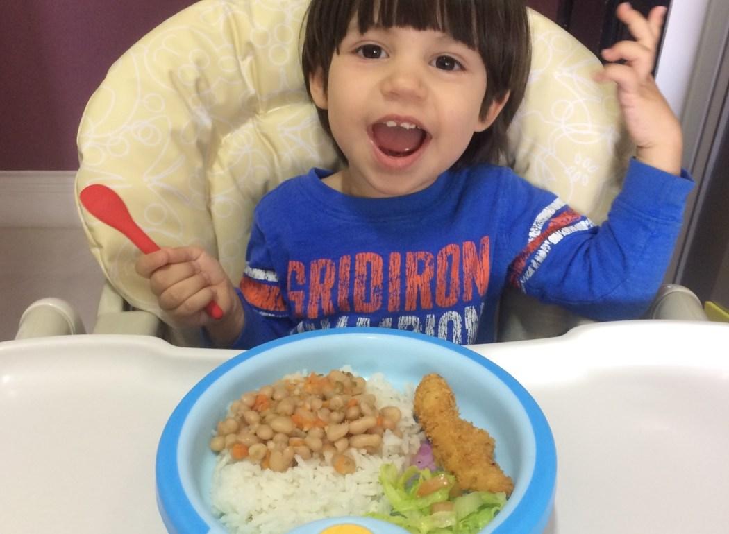 Depoimento de Mãe | Eu precisava alimentar meu filho com uma seringa, hoje fico encantada ao vê-lo comer