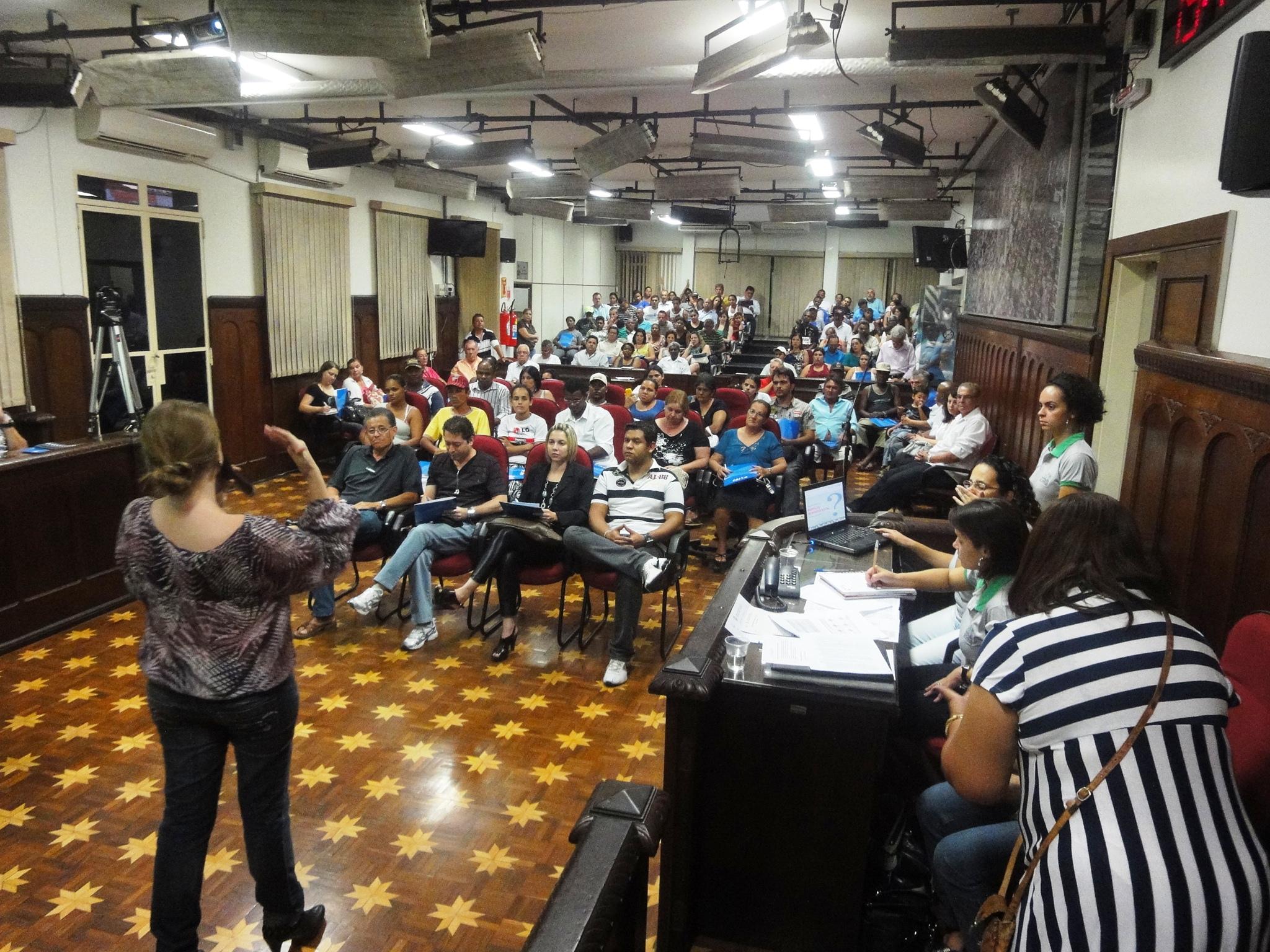 Audiência Pública para definição das Estratégias de Ação do PLHIS Bauru