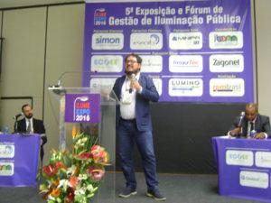 Instituto Soma ministra palestra sobre Iluminação Pública no ILUMEXPO 2016