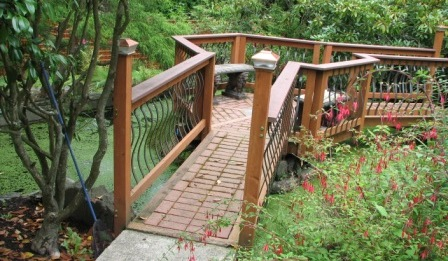IntegralConstruction Outside Deck Railing