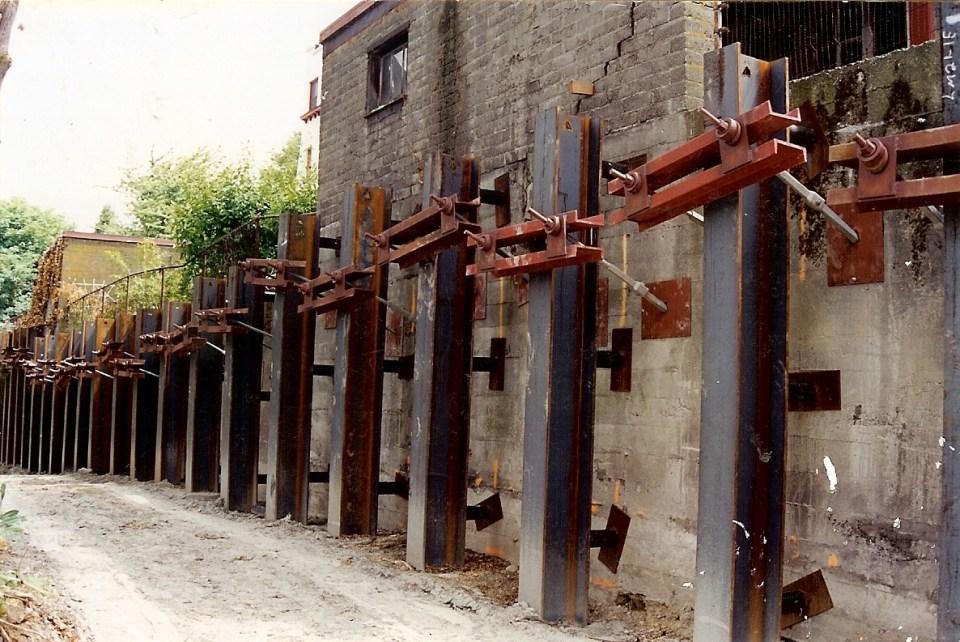 La Amorita Retaining wall - 20001