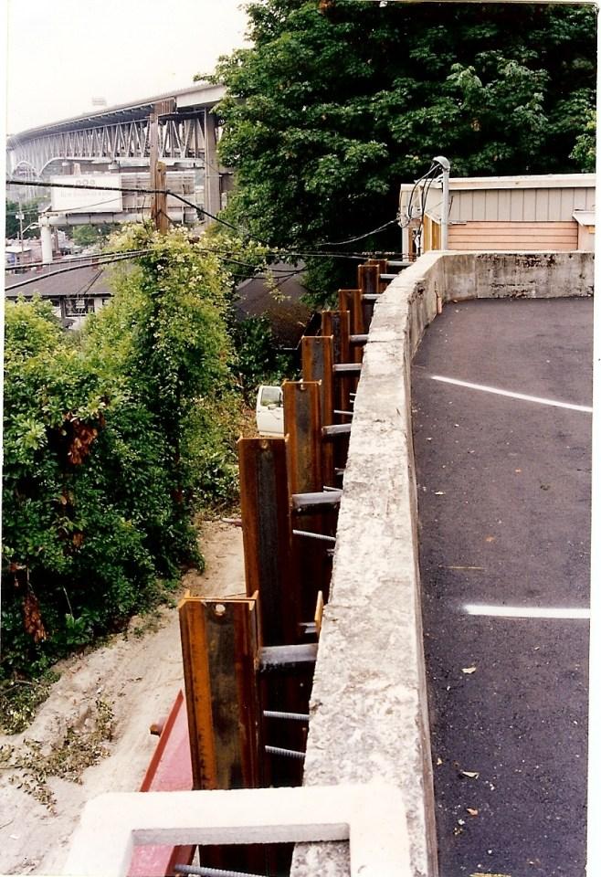 La Amorita Retaining wall - 40001
