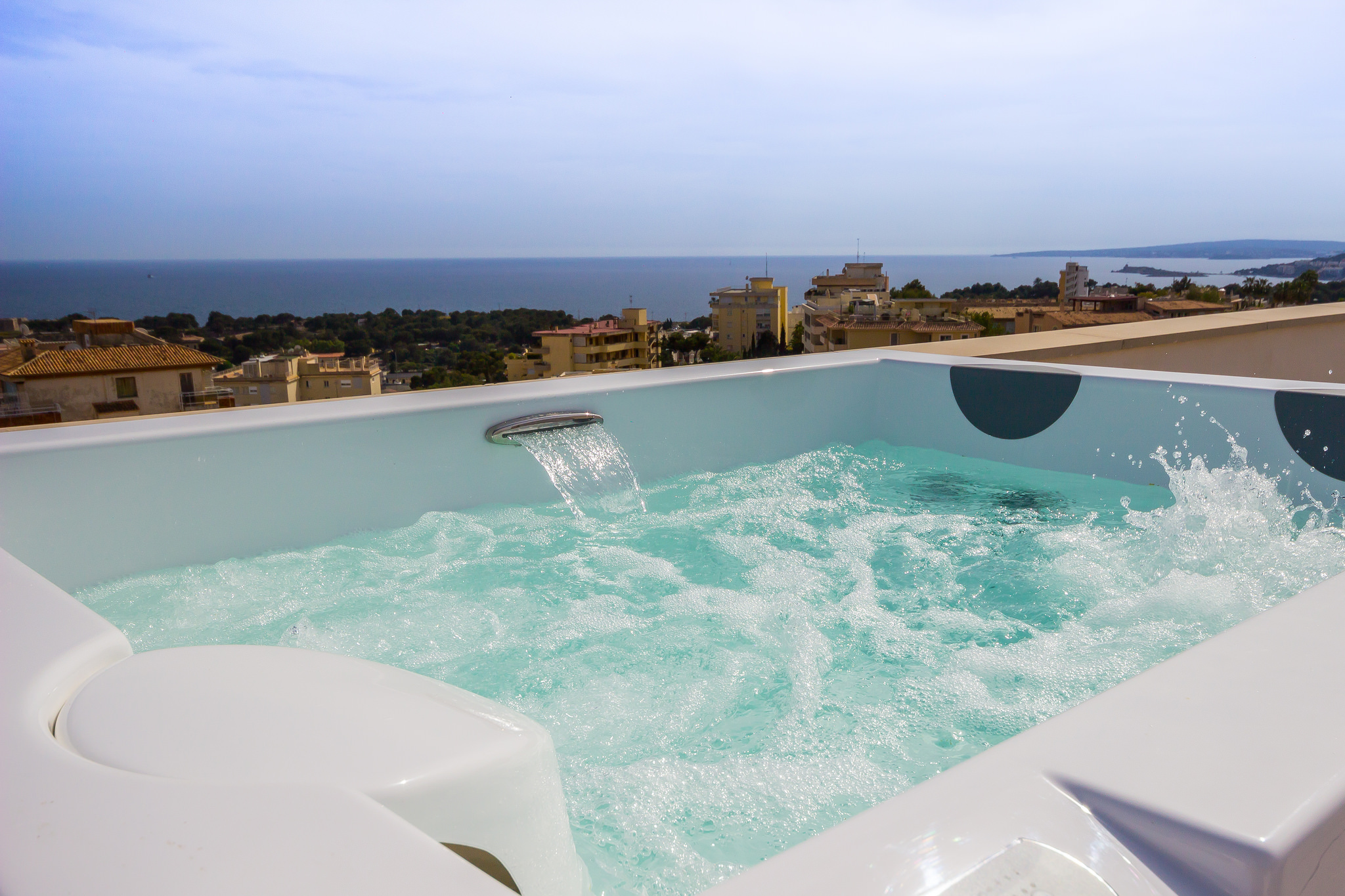 Jacuzzi Pool Bilder Top Five Benefits Of Owning Your Own Hot Tub Dallas Pool