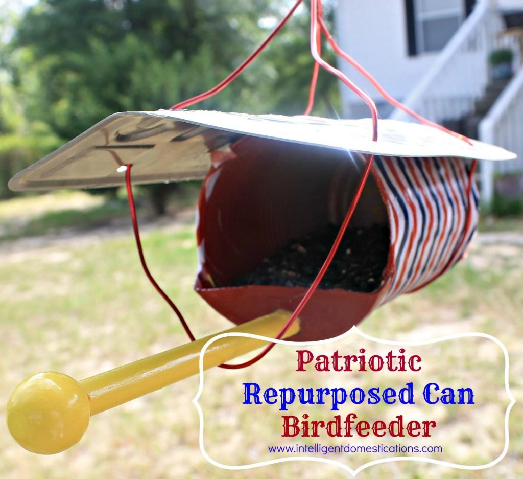 Front of the Patriotic birdfeeder.intelligentdomestications.com