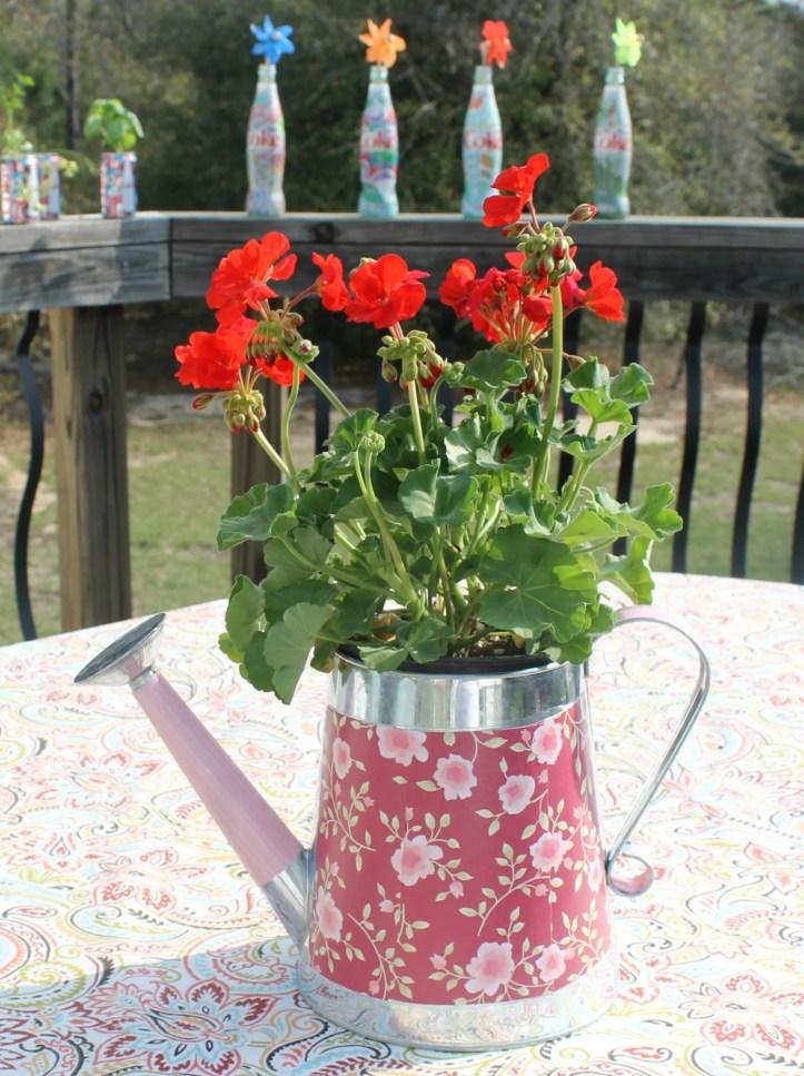 DIY Decorative Watering Can Flower Pot.intelligentdomestications.com