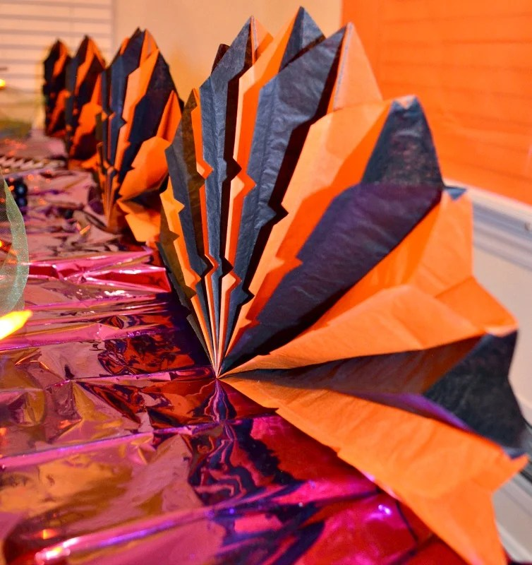not-so-spooky-halloween-party-decorations-intelligentdomestications-com