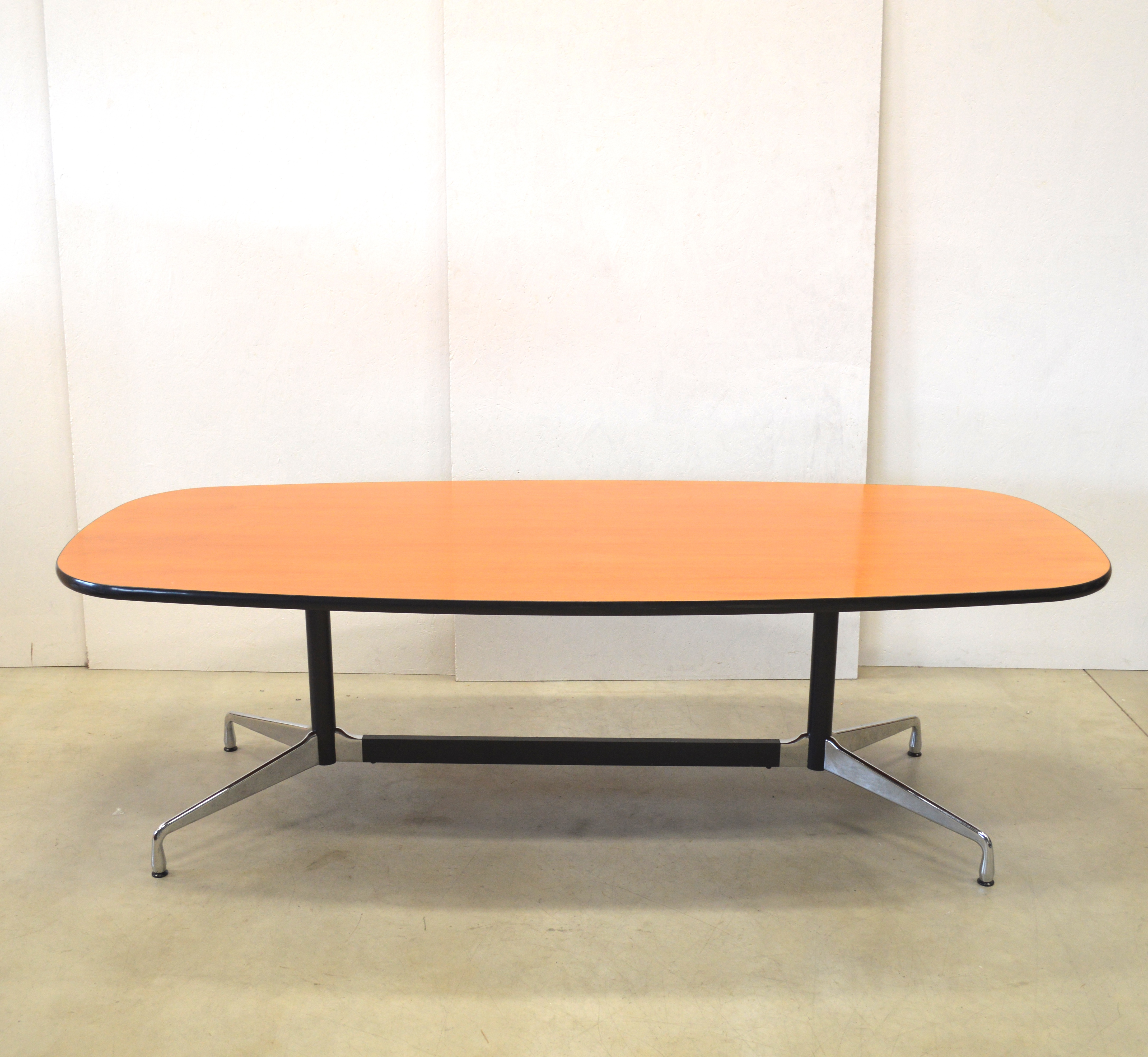 Tisch Eames Vitra Segmented Conference Table By Charles Eames Interior Aksel