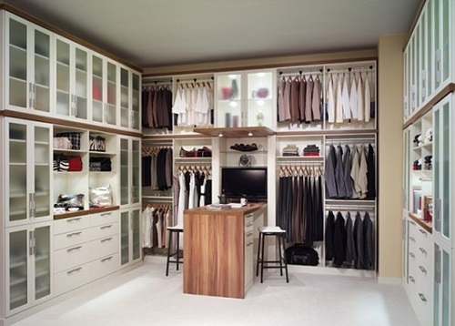 Great Ideas for Multifunctional Master Bedroom Closets ...