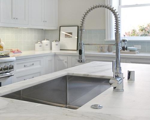 7 ultramodern kitchen faucet and sink design ideas