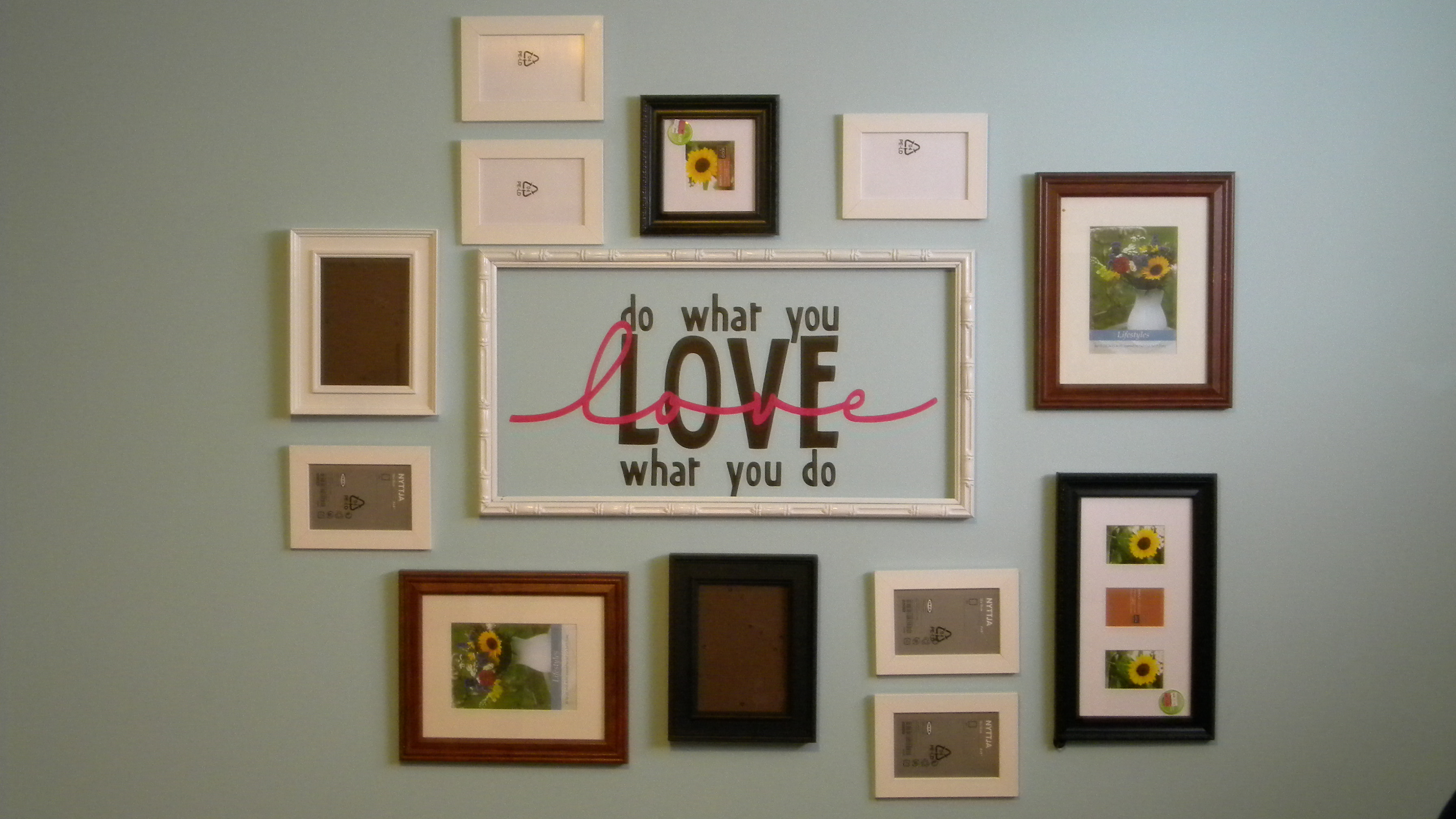 Cuadros Para Fotos Multiples Dressing Up A Wall Pictures Frames Mp Interiors