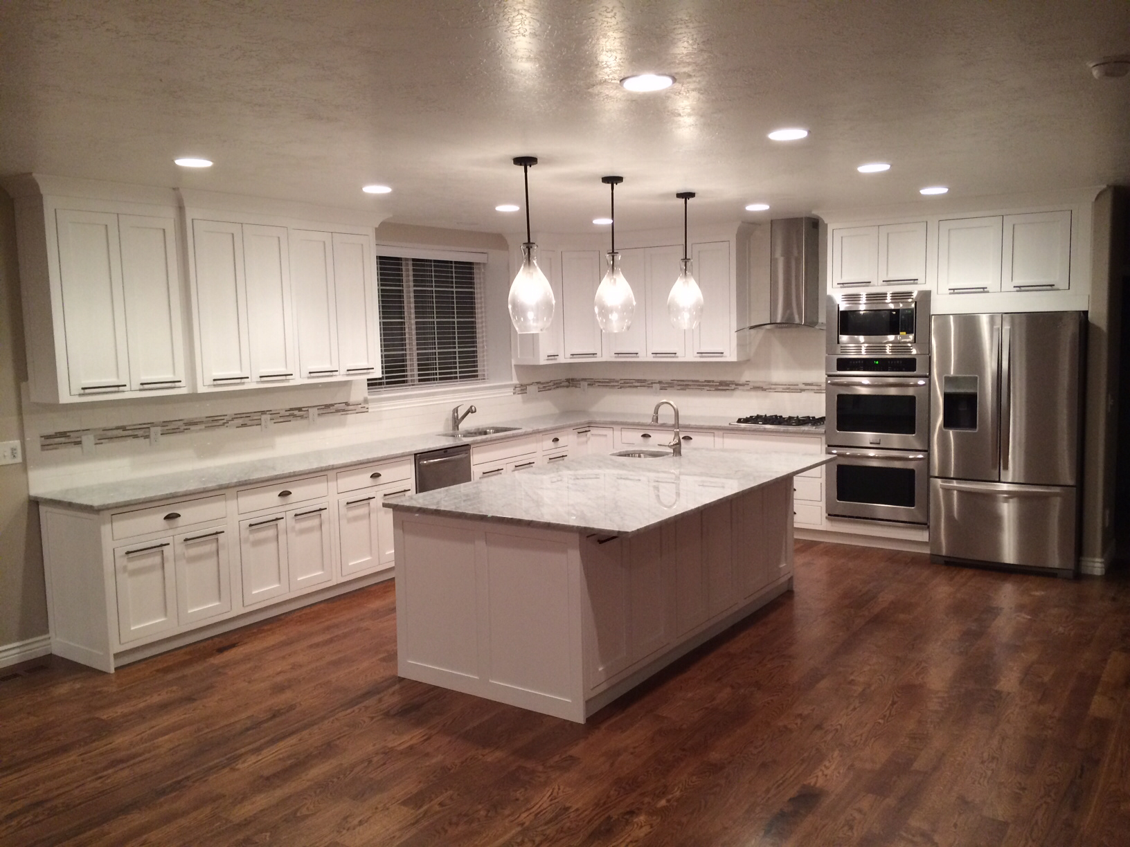 Kitchen Floor Ideas With Dark Cabinets Kitchen White Cabinets Dark Wood Floors 20 Tips For