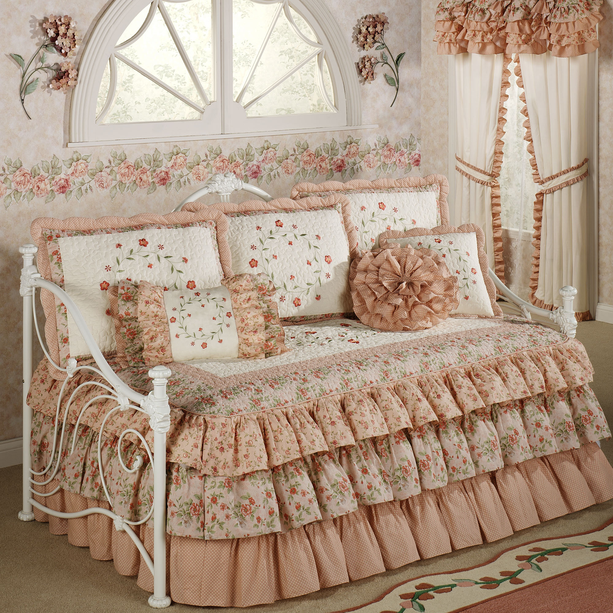 Pretty Bed Covers Daybed Bedding Sets Sears Interior And Exterior Ideas