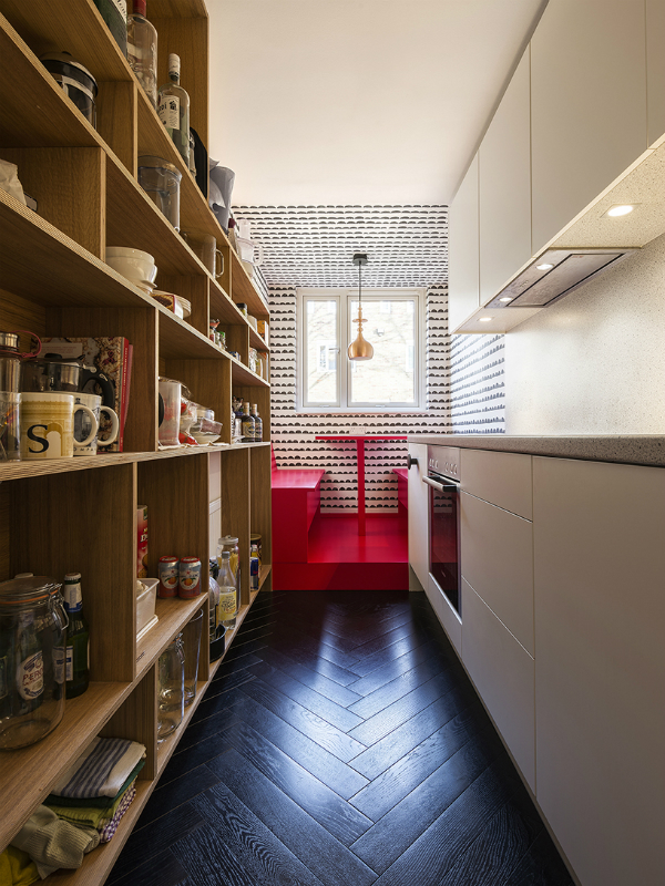 Wooden Floors Bath This Apartment Is 45 Square Meters Of Pure Style
