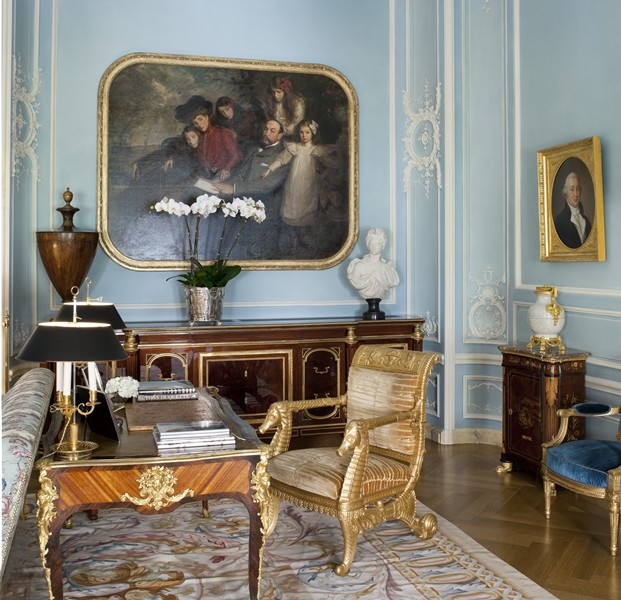 Interior Design New York Classic New York Apartment In Pale Blue - Interiors By Color