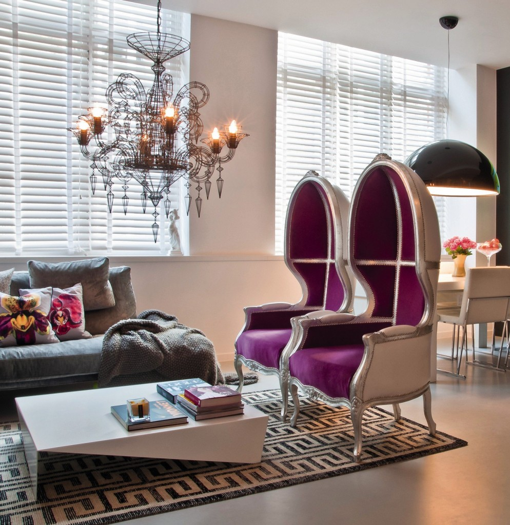 Couchtisch Modern Barock Contemporary Space In Purple And Gray - Interiors By Color