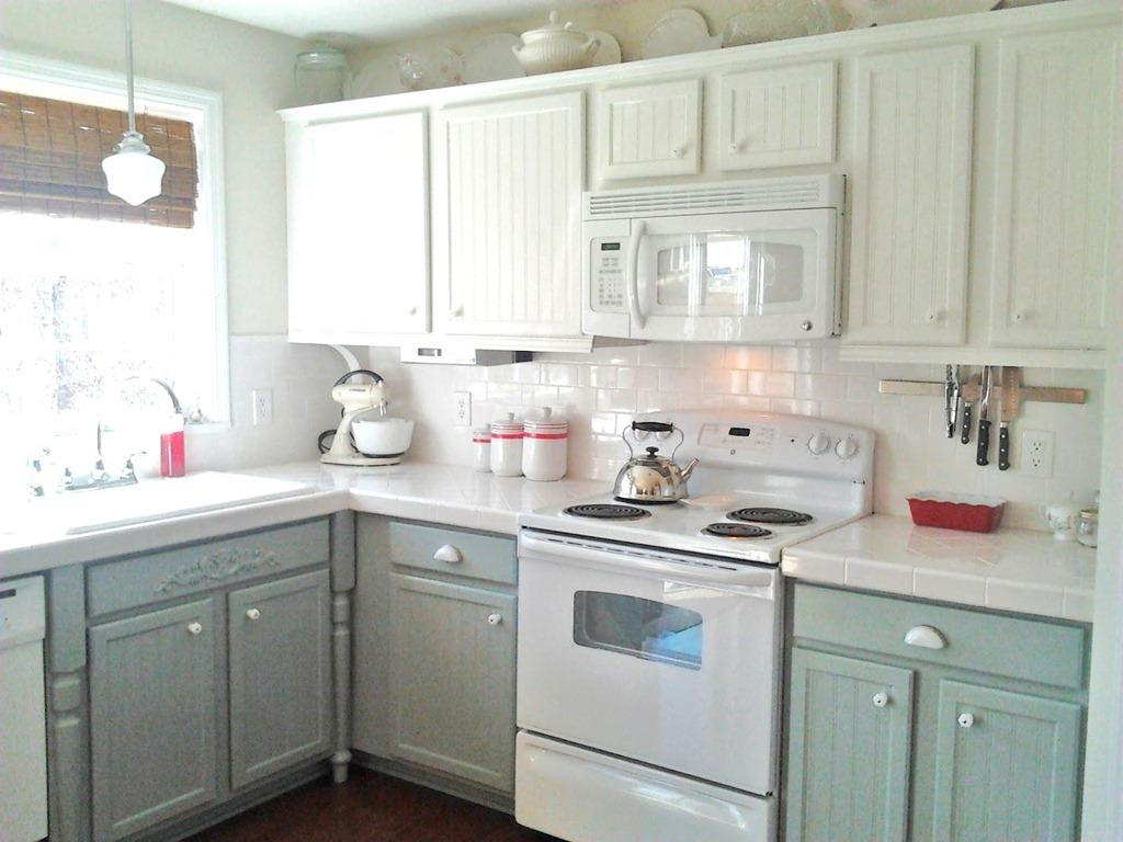 Antique White Kitchen Designs 22 Best Kitchen Cabinet Refacing Ideas For Your Dream